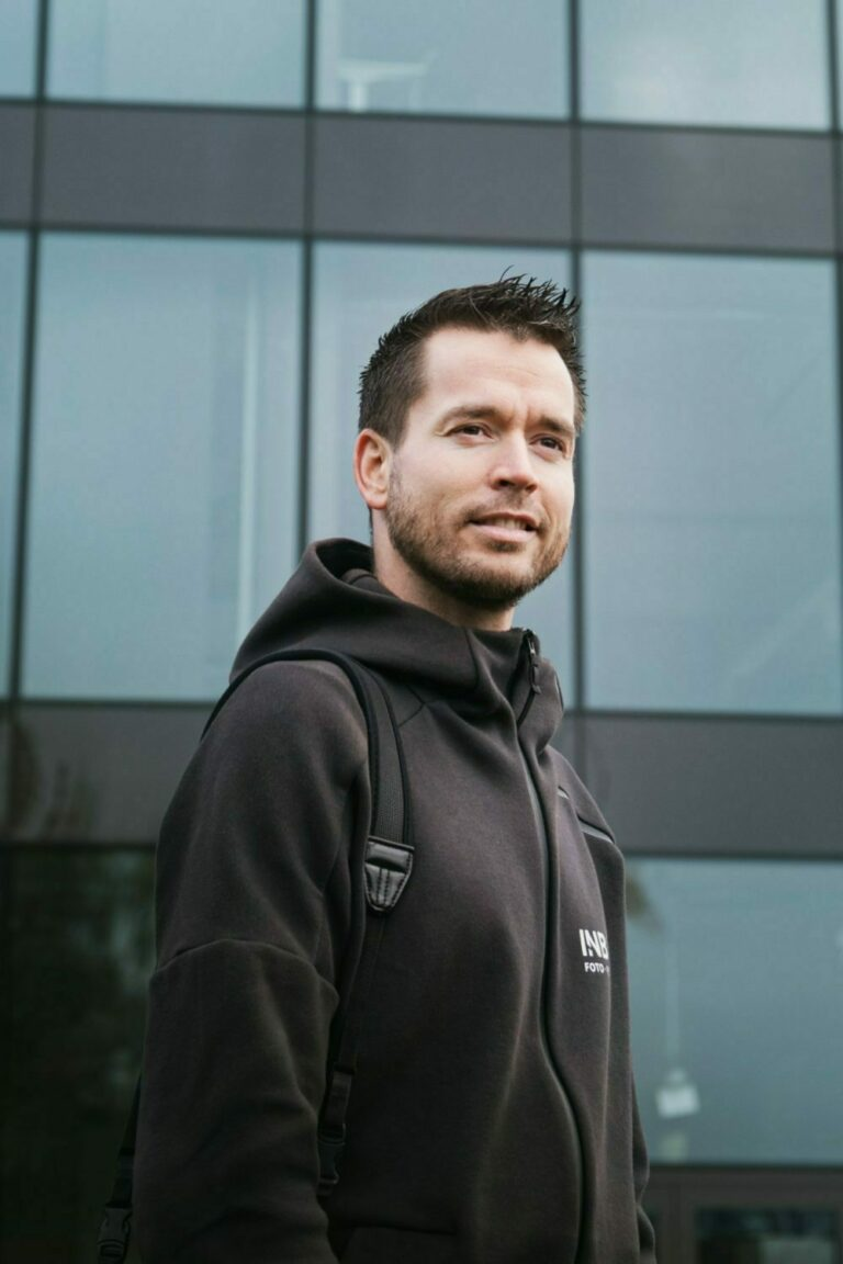 Joakim Maylove er inbovi sin dronepilot og fotograf i Telemark