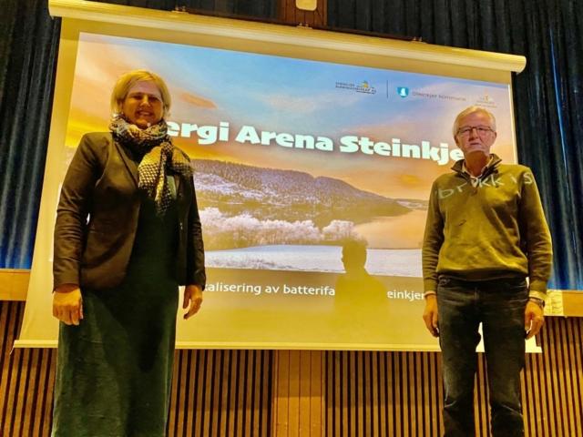 Steinkjers ordforer anne betil lein og prosjektleder jacob br almlid steinkjer naeringsselskap 1536x1152